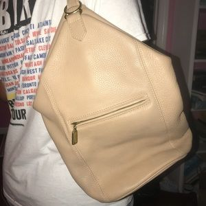LEATHER COACH SHOULDERBAG